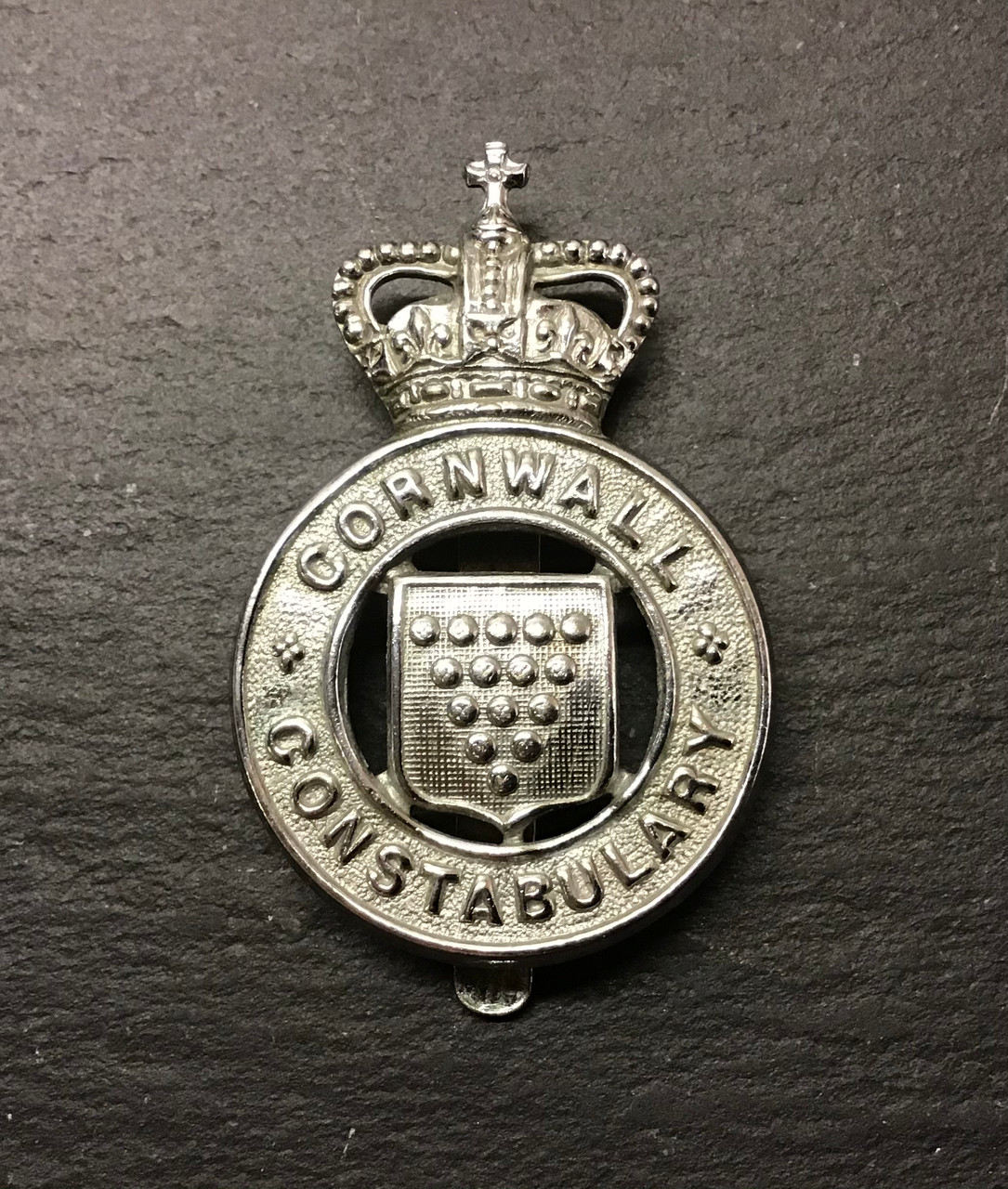 GD 949 CORNWALL CONSTABULARY CAP BADGE