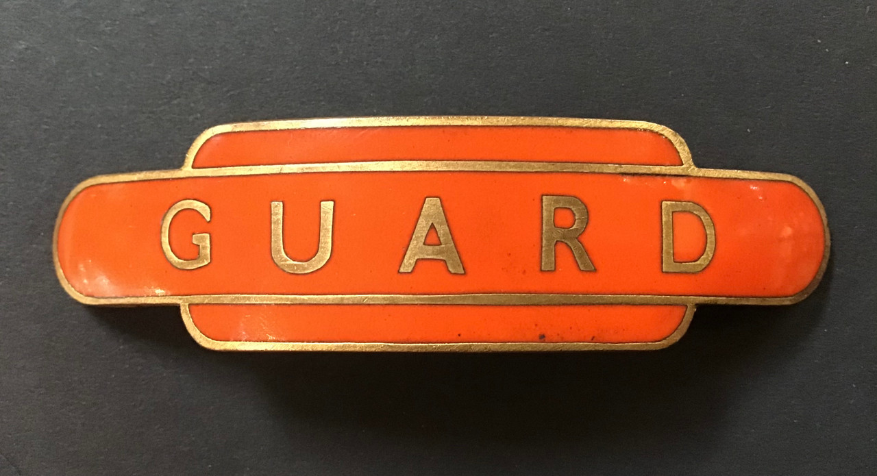 GD 916 BR NORTH EASTERN REGION GUARD TOTEM CAP BADGE.