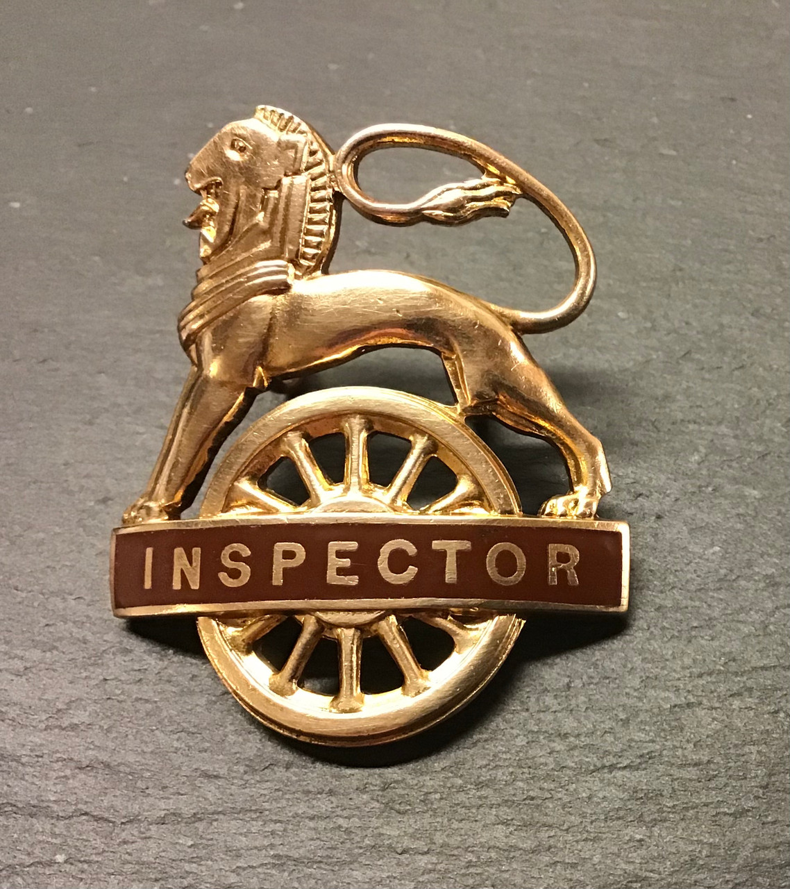 GD 959 BRITISH RAILWAYS WESTERN REGION L O W  CAP BADGE. INSPECTOR