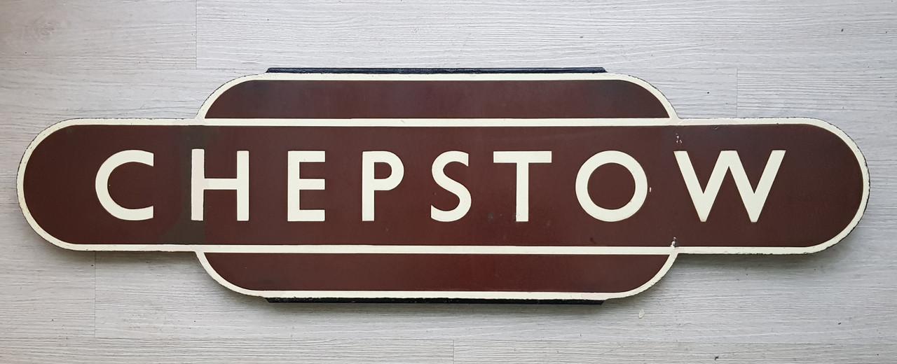 """VT 3293. BR W ENAMEL TOTEM """"CHEPSTOW"""""""