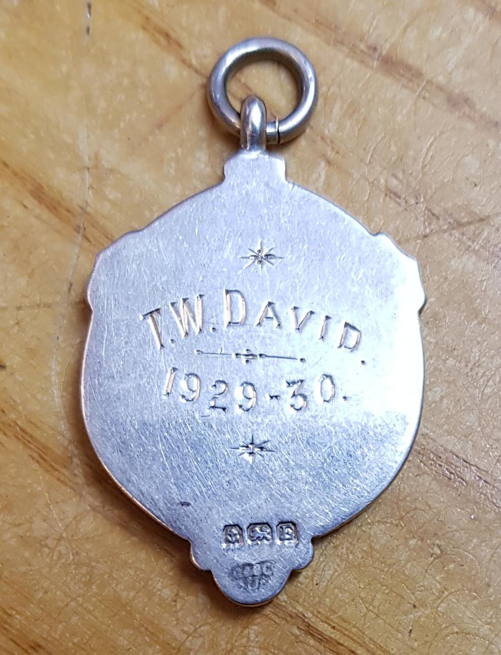 VT 0374. GREAT WESTERN RAILWAY SOLID SILVER 1929/30 FOOTBALL MEDAL
