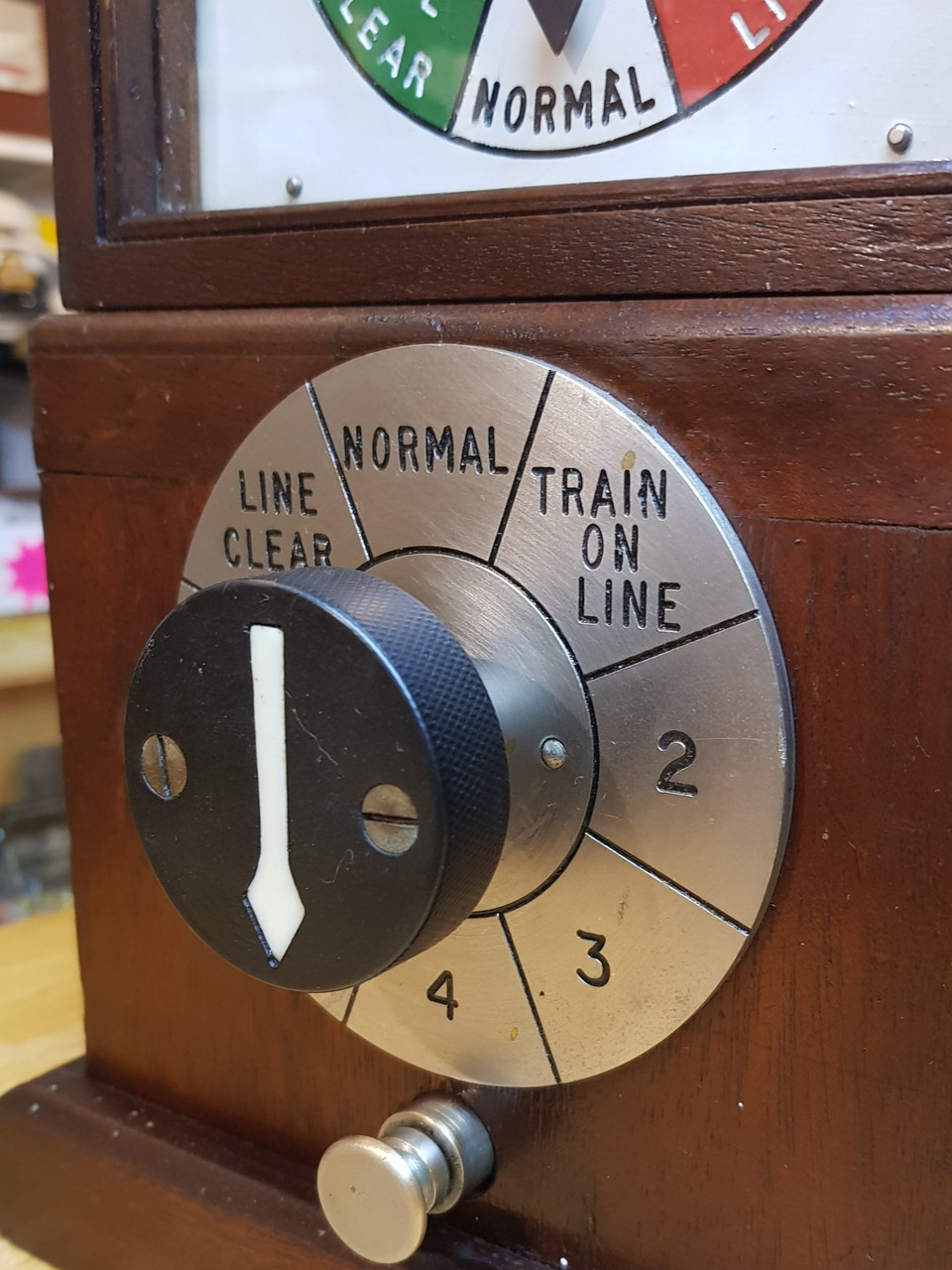 VT 3194. G.W.R. 1947 PATTERN PERMISSIVE BLOCK INDICATOR