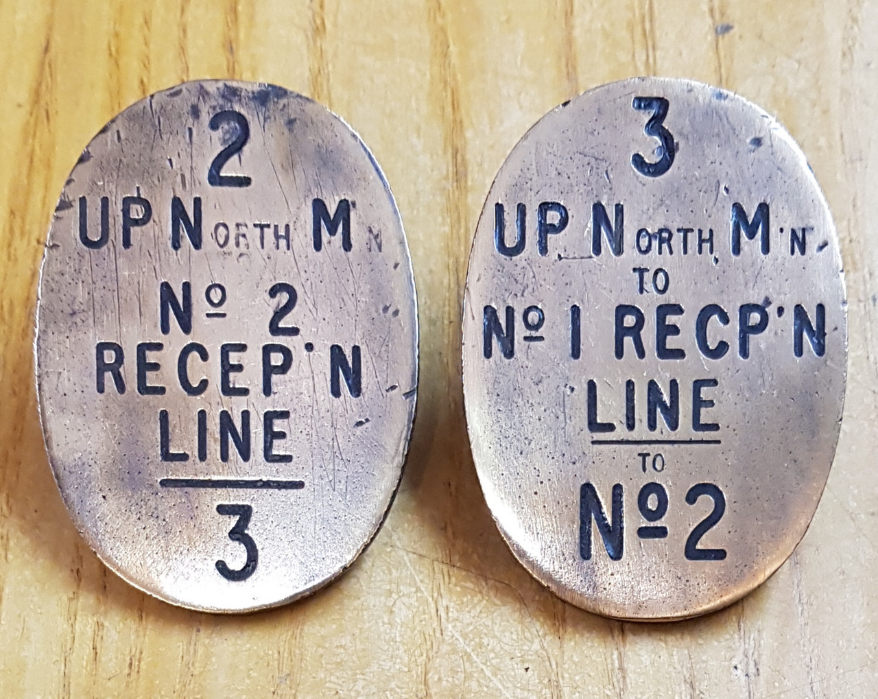VT 3118. PAIR OF BRASS LEVER PLATES EX EASTERN REGION EX DUTTONS.