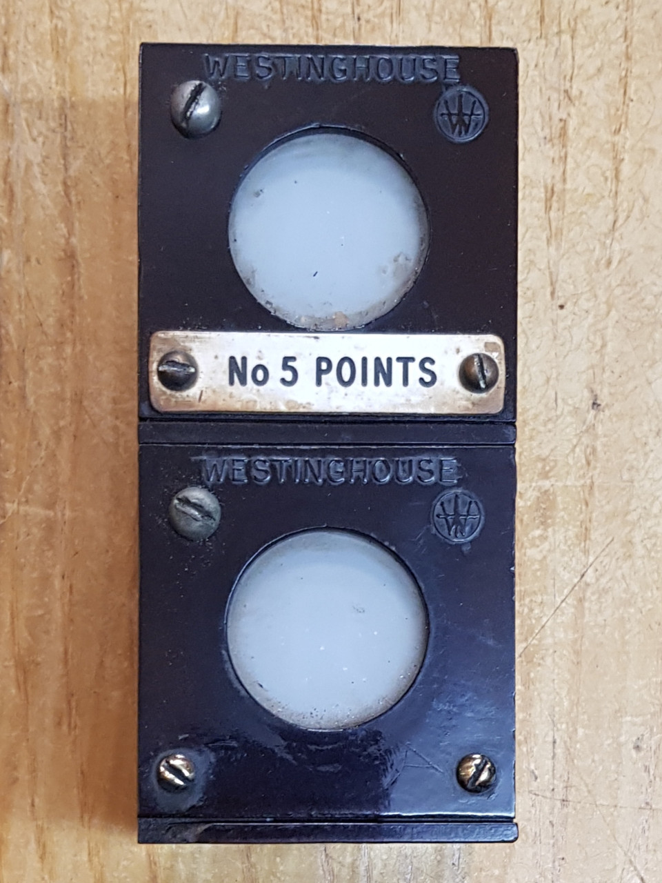 VT 3175. WESTINGHOUSE BAKELITE NO 5 POINTS INDICATORS.