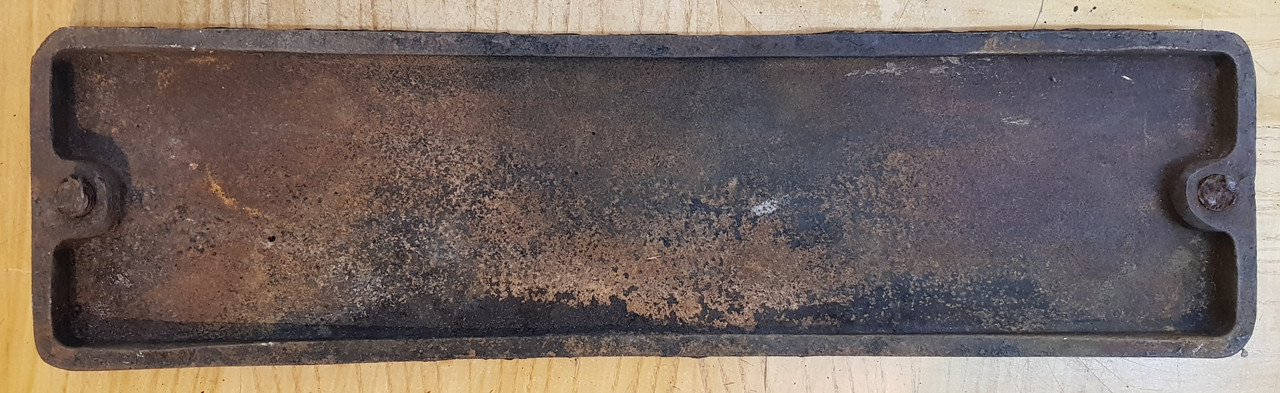 VT 3586. CAST IRON SMOKEBOX PLATE FROM EX 0-6-0 JINTY 47674.
