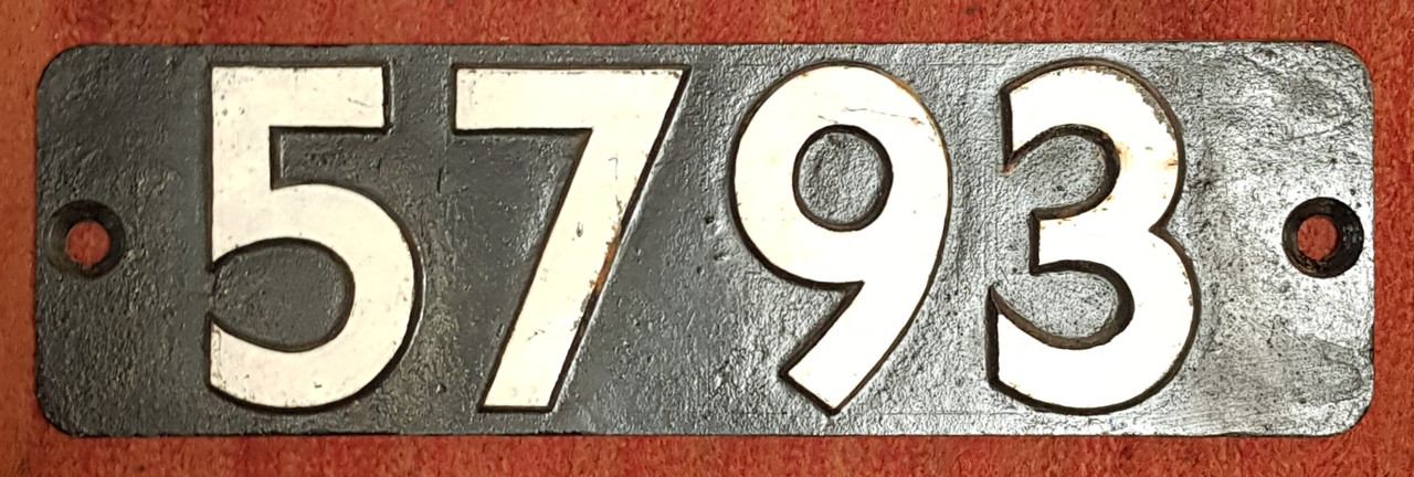 VT 3682. CAST IRON SMOKEBOX PLATE FROM EX G.W.R. PANNIER TANK NO 5793.
