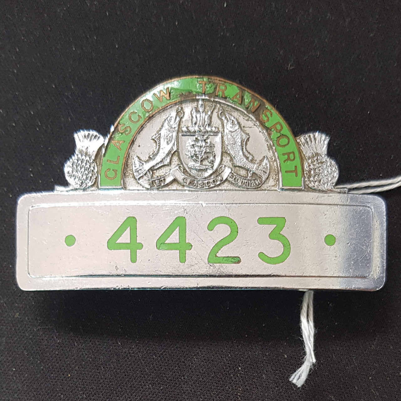 VT 3796. GLASGOW  CORPORATIONTRANSPORT CAP BADGE 4423.