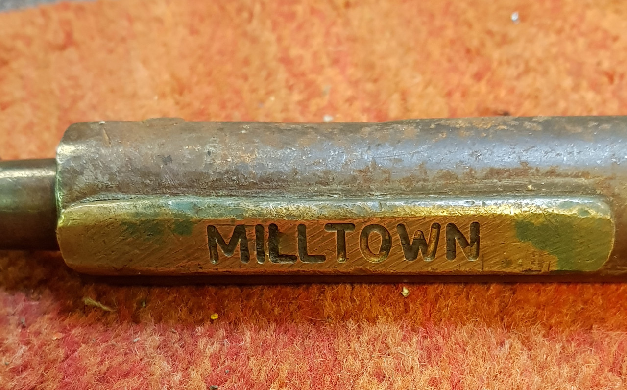 "VT1900. SINGLE LINE STAFF""MILLTOWN-CLAREMORRIS"""