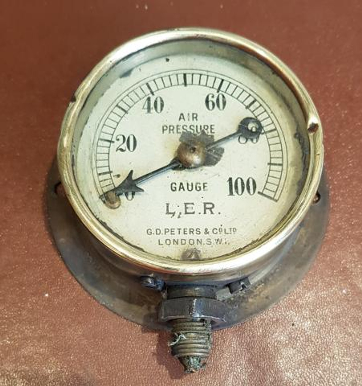 VT 2339 - L.E.R AIR PRESSURE GAUGE