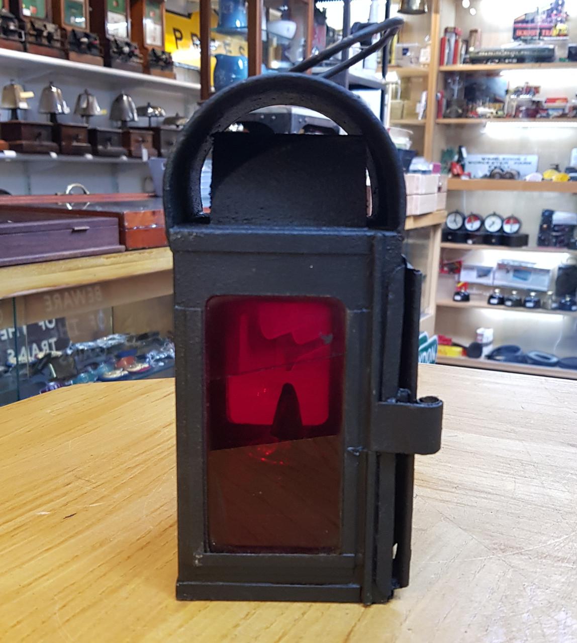VT2215. BRITISH  RAILWAYS LOCOMOTIVE GAUGE FRAME LAMP.