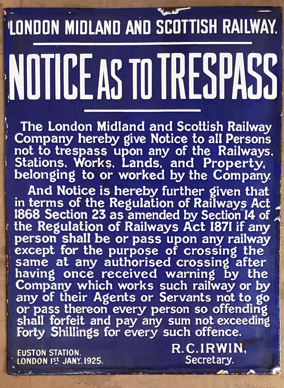 SH 2001. LONDON MIDLAND & SCOTTISH RLY ENAMEL TRESPASS NOTICE.