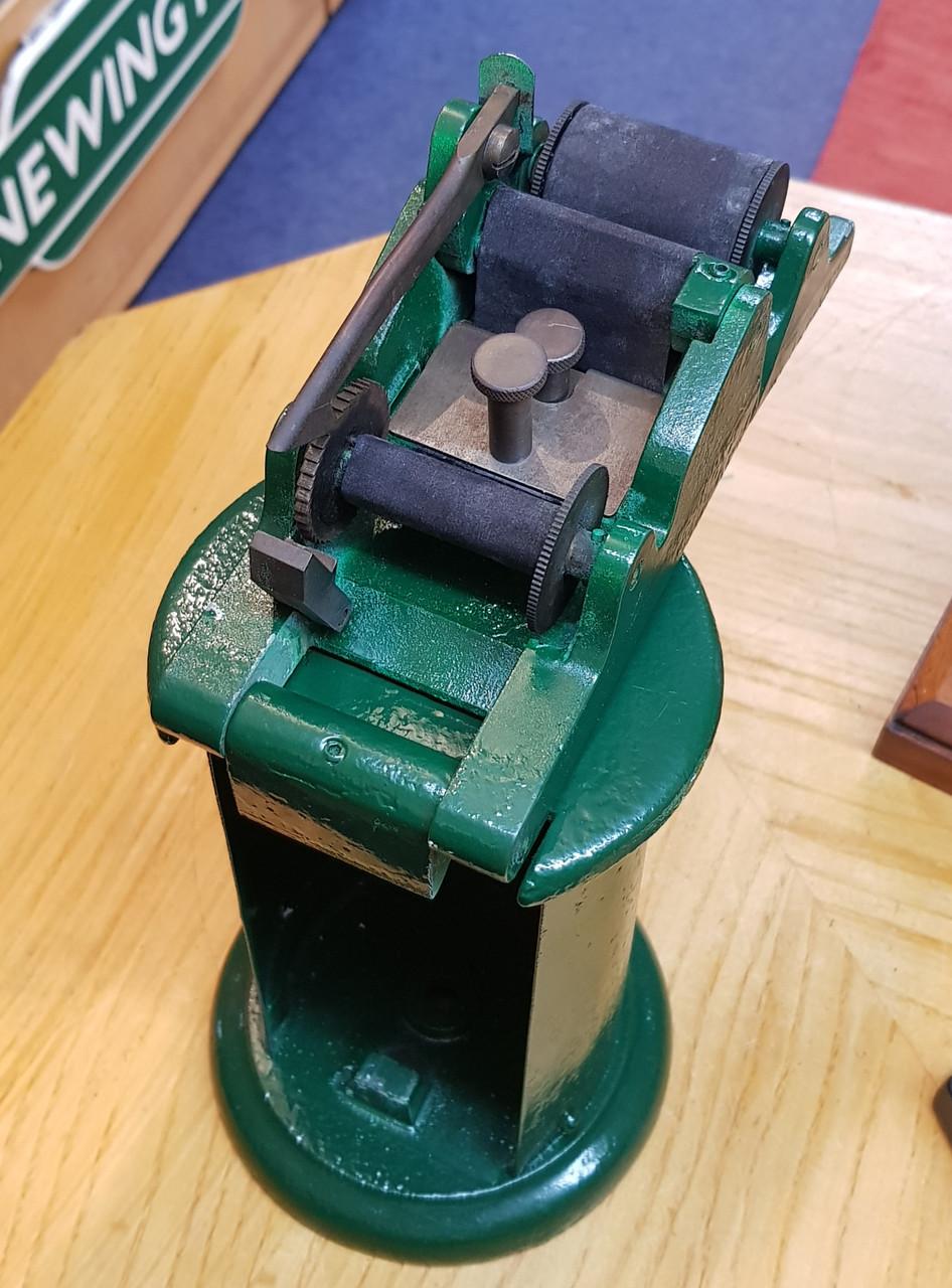 VT 2473. EDMONSON TICKET DATE STAMPING MACHINE BY WATERLOW & SONS,LONDON..