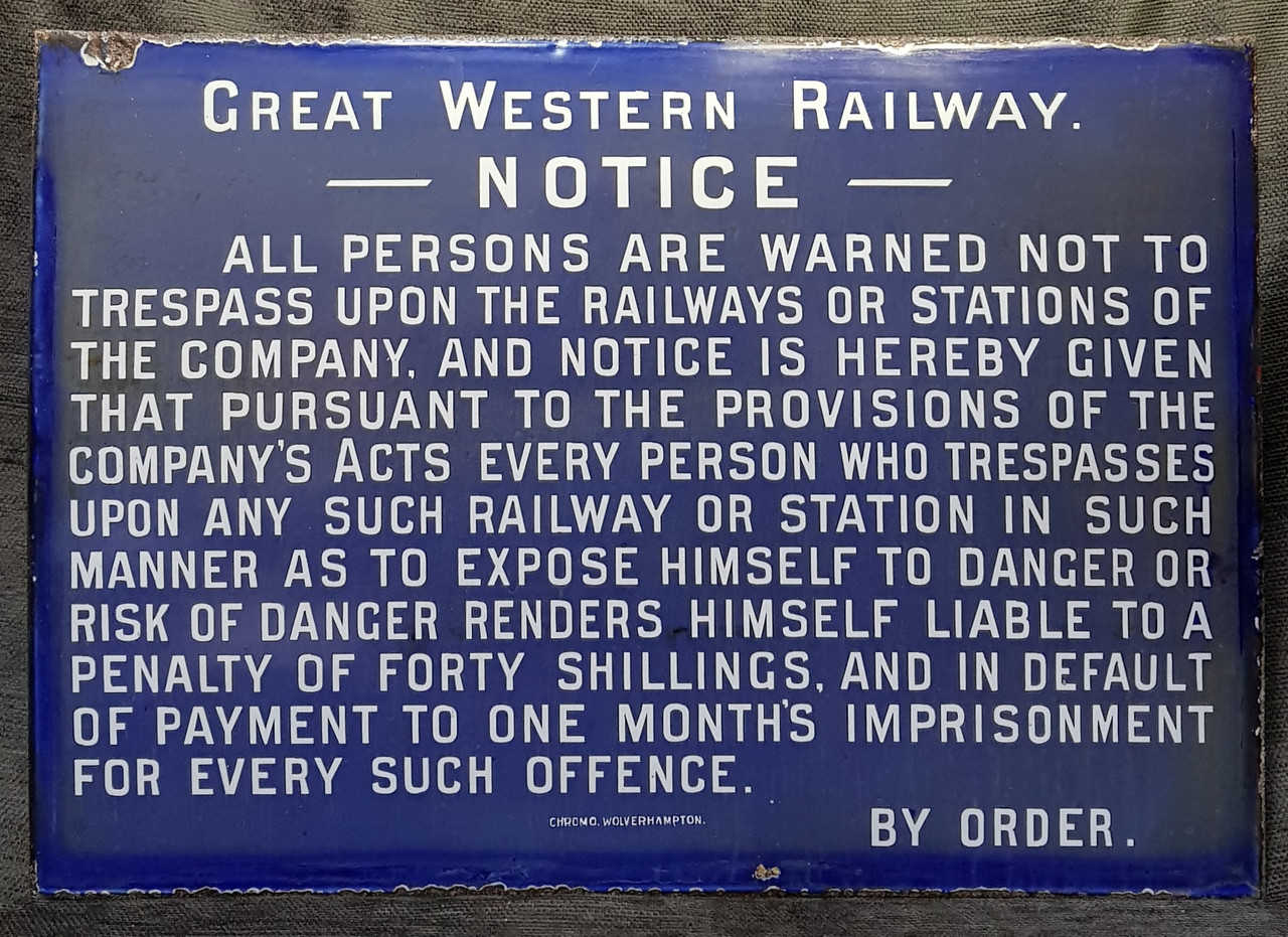 VT 2838. GREAT WESTERN RAILWAY  ENAMEL TRESPASS SIGN