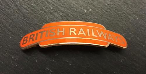 GD 930 BRITISH RAILWAYS NORTH EASTERN REGION TOTEM CAP BADGE