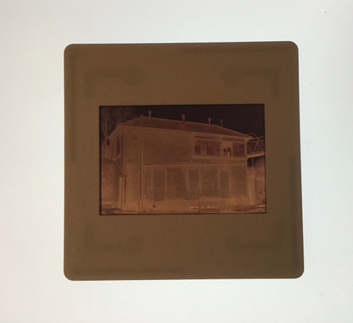 GD 6014 COLOUR NEGATIVE REAR VIEW OF SUTTON BRIDGE JCN SIGNAL BOX