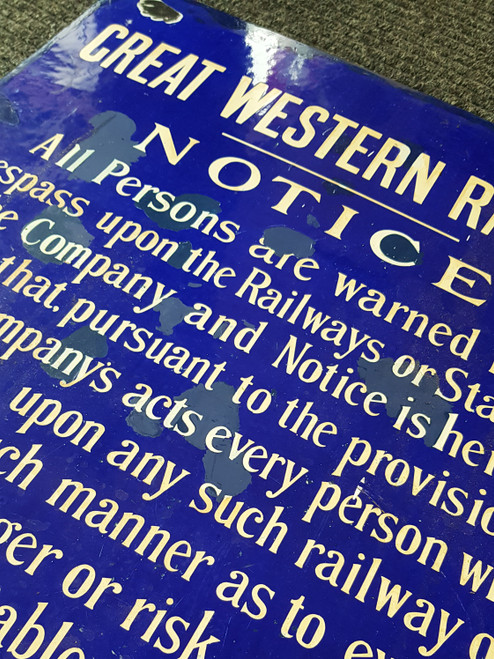 VT 4019. GREAT WESTERN RAILWAY ENAMEL TRESPASS SIGN.