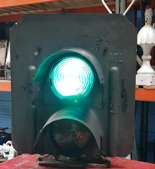 TP186201. 2 ASPECT  DISTANT COLOUR LIGHT SIGNAL.