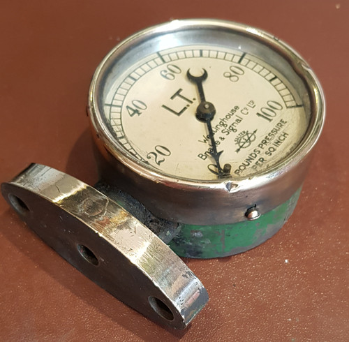 VT 2340 - LONDON TRANSPORT AIR PRESSURE GAUGE