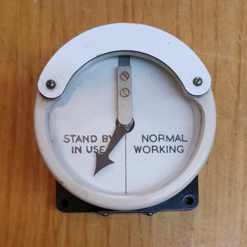 VT 2348. THOMPSON WHITE BAKELITE NORMAL/STANDBY WORKING INDICATOR.