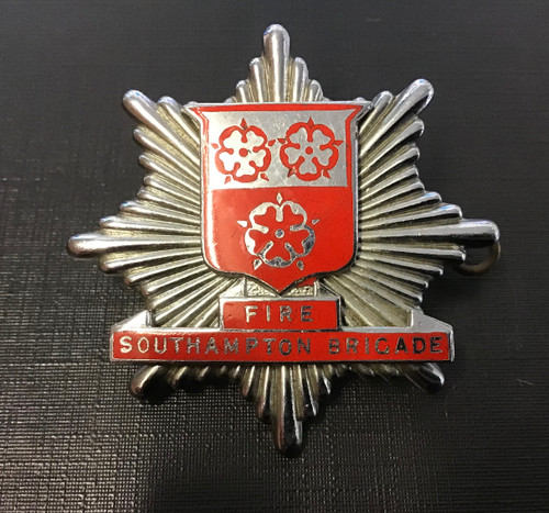 GD 888 Southampton Fire Brigade Cap Badge