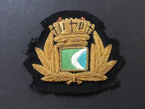GD 898 MERCHANT NAVY OFFICER CAP BADGE. CP SHIPS.