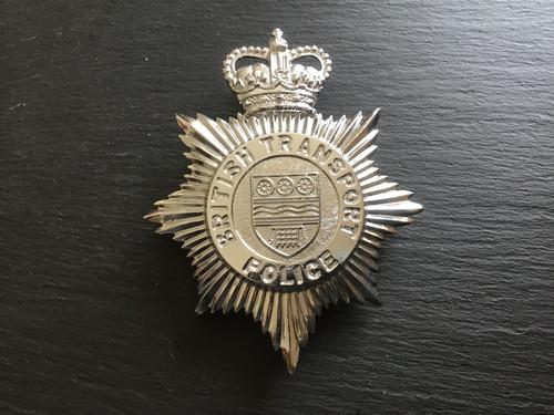 GD 746 BRITISH TRANSPORT POLICE HELMET PLATE.