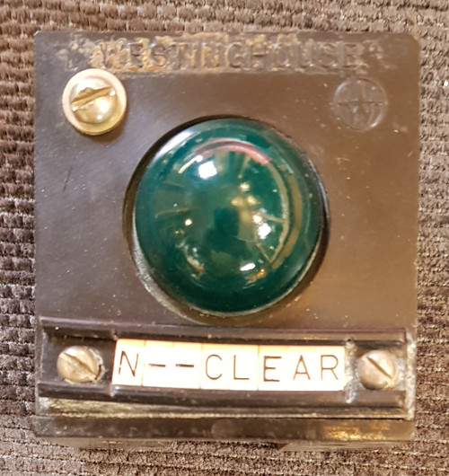 VT 2687. WESTINGHOUSE BAKELITE BLOCK SHELF SIGNAL/POINTS INDICATOR.