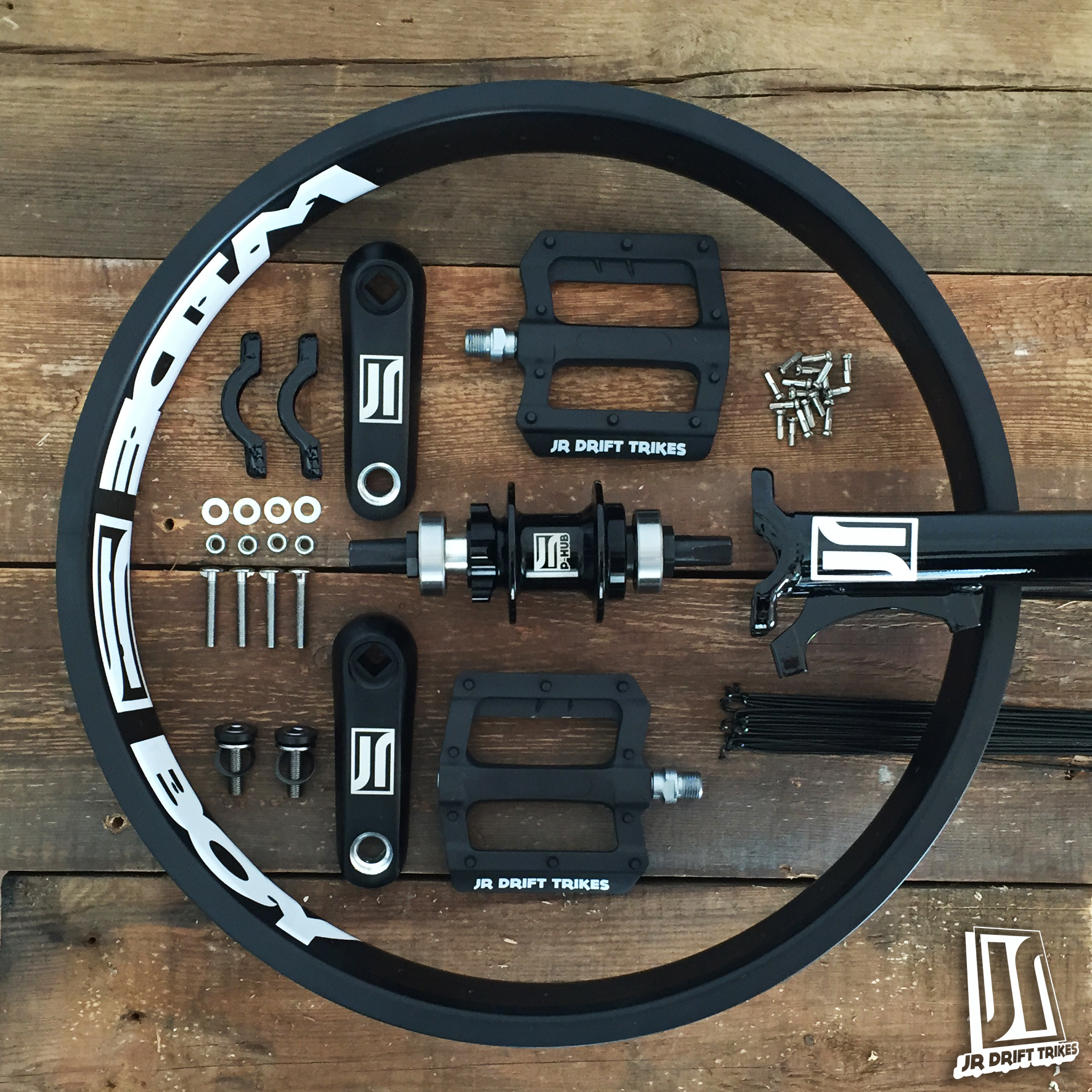jr-drift-trikes-1-1-pedal-front-end-wide-boy-black-explosion.jpg