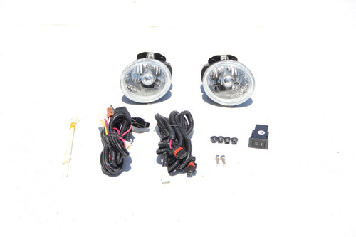 02-04  Altima Fog Lights (Clear)