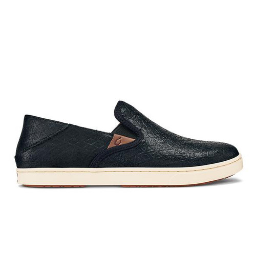 OluKai Women's Shoe - Pehuea Leather - Black Kapa/Black