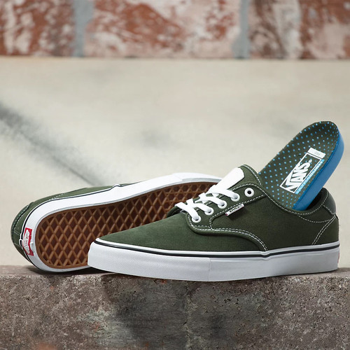 Vans Shoes - Chima Ferguson Pro - Forest/White