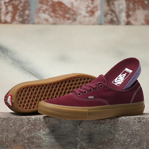 Vans Shoes - Authentic Pro - Port/Gum