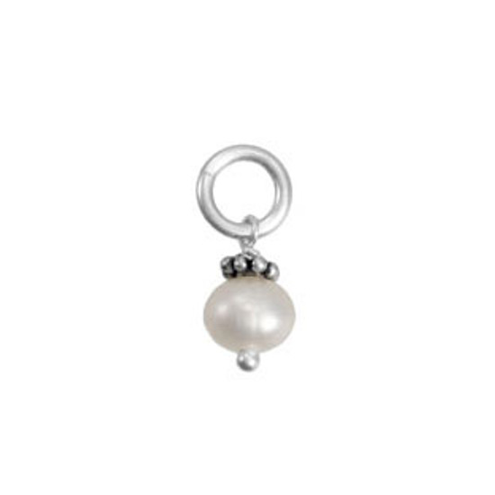 Fresh Water Pearl with Bali Flower (June)