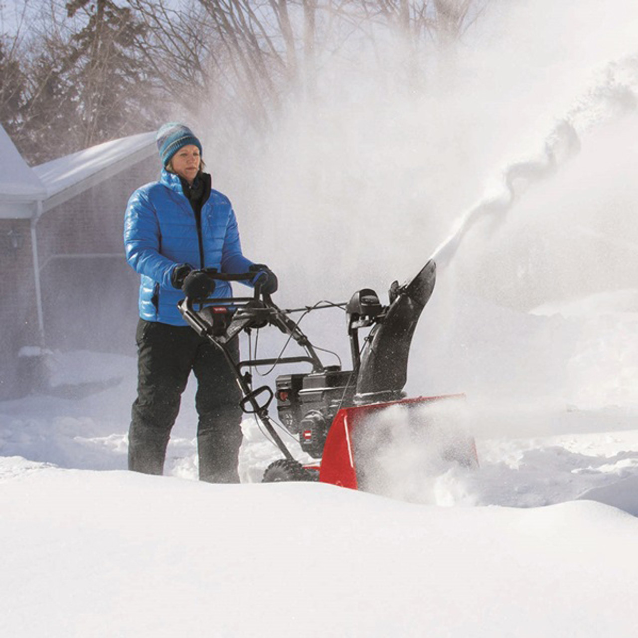 """Toro 36003 24"""" Two-Stage Electric Start SnowMaster 824 QXE Snowblower Image 4"""