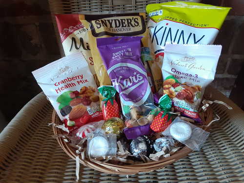 Medium Snack Basket