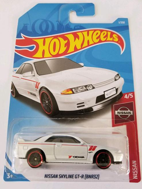 Nissan Skyline R32 GTR White - Hot Wheels