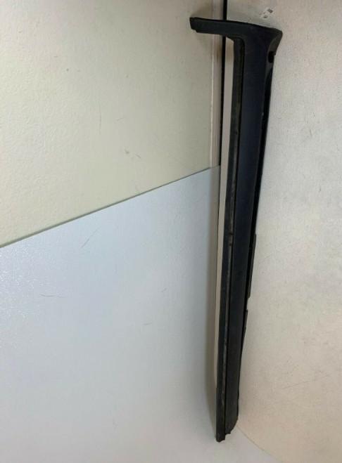 2003 2004 2005 2006 2007 VOLVO XC70 Left Side Skirt Rocker Panel 30698370 OEM