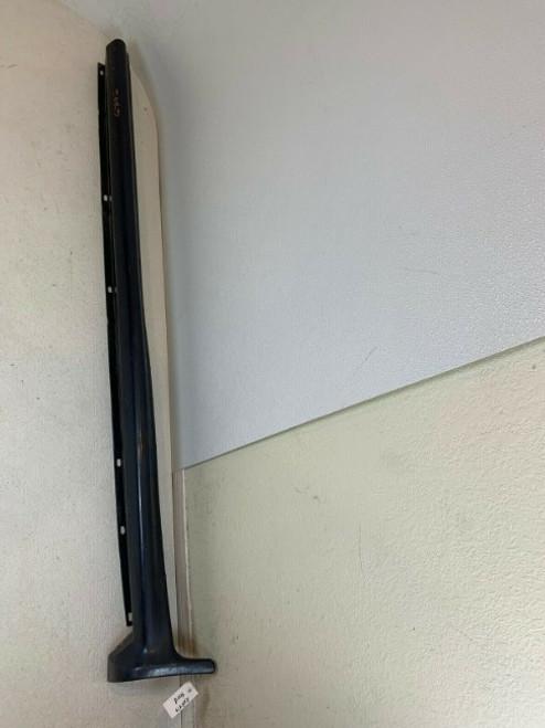 1998 1999 2000 2001 Ford Explorer Left Side Skirt Rocker Panel XL24-7810155 OEM