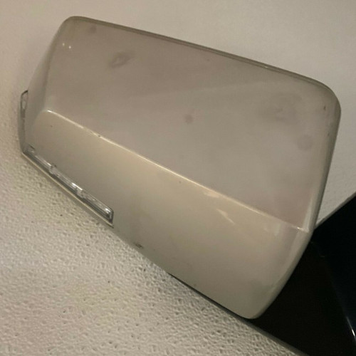 GM Right Passenger Side Door Mirror Match 15884755