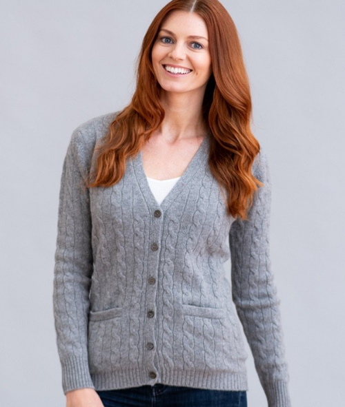 Two-Ply Cashmere Cable V-Neck Cardigan in Flannel