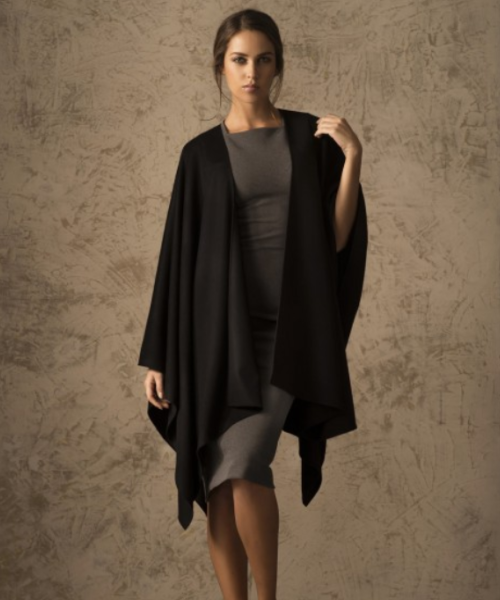 Pure Vicuna Cape in Black