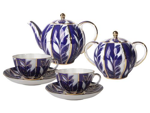 Tea Set in Tulip Shape with Winter Evening Motif