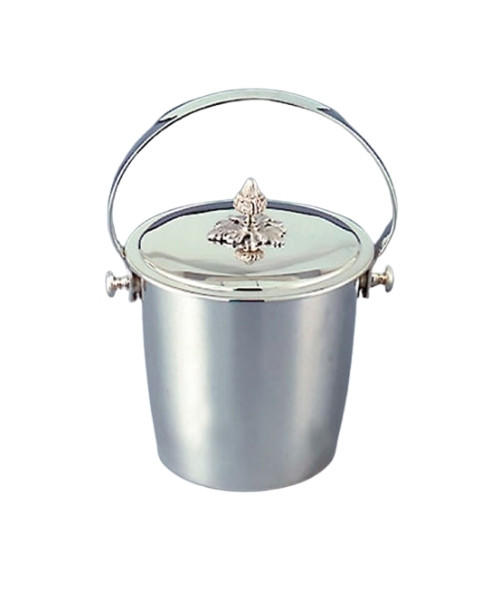 Acorn Covered and Lined Ice Bucket in Silverplate