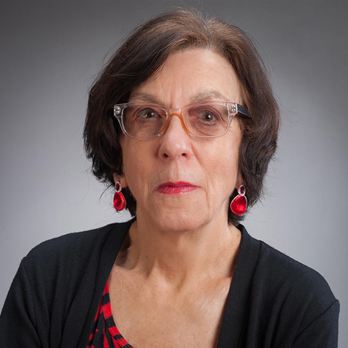 Dolores Janiewski