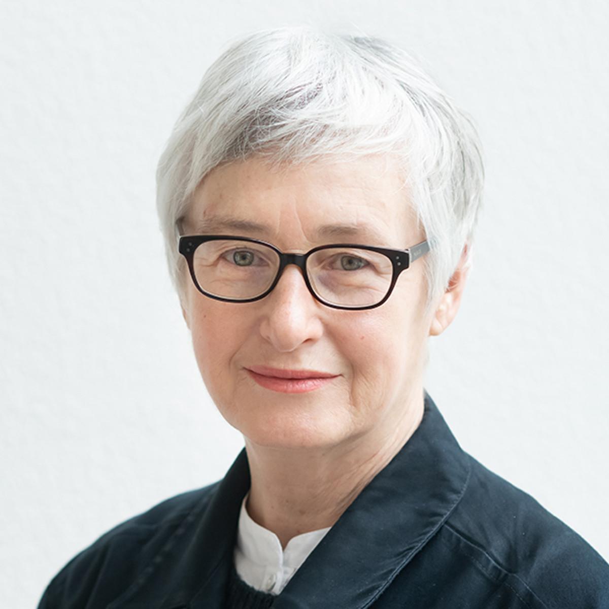 Christina Barton