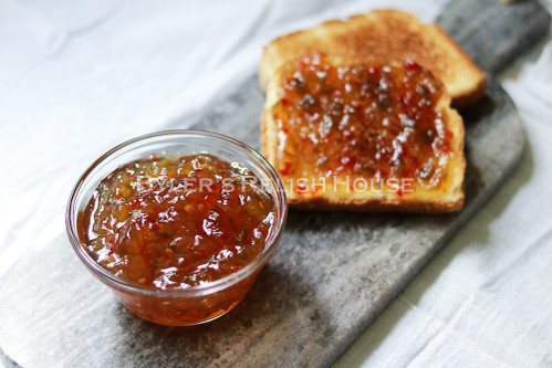 Comfortingly warm and sweet pepper conserve
