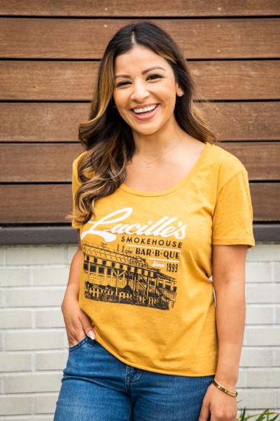 Illustration Women's T-Shirt - Gold