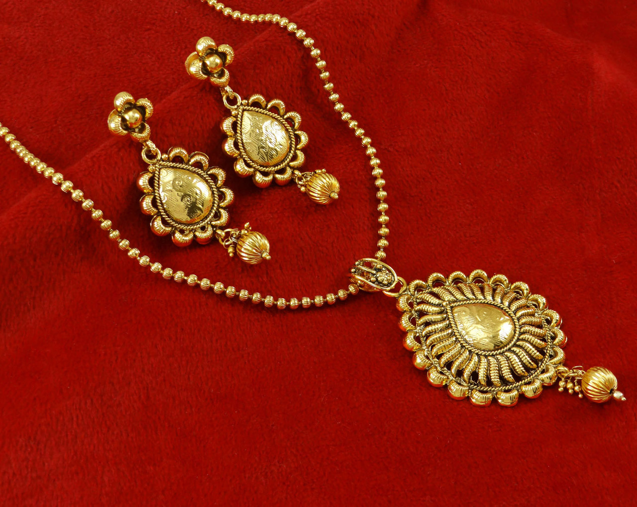 Ethnic Indian Jewelry Traditional Gold Plated Pendant Necklace