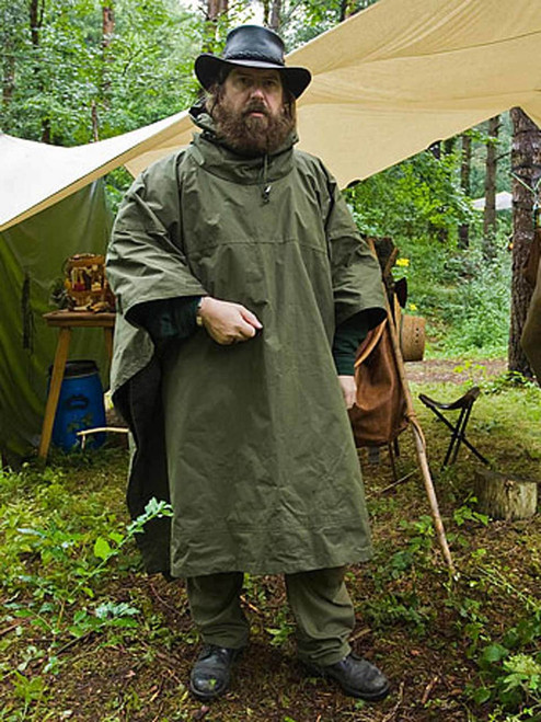 Poncho in Ventile® - practical and versatile with integral hood
