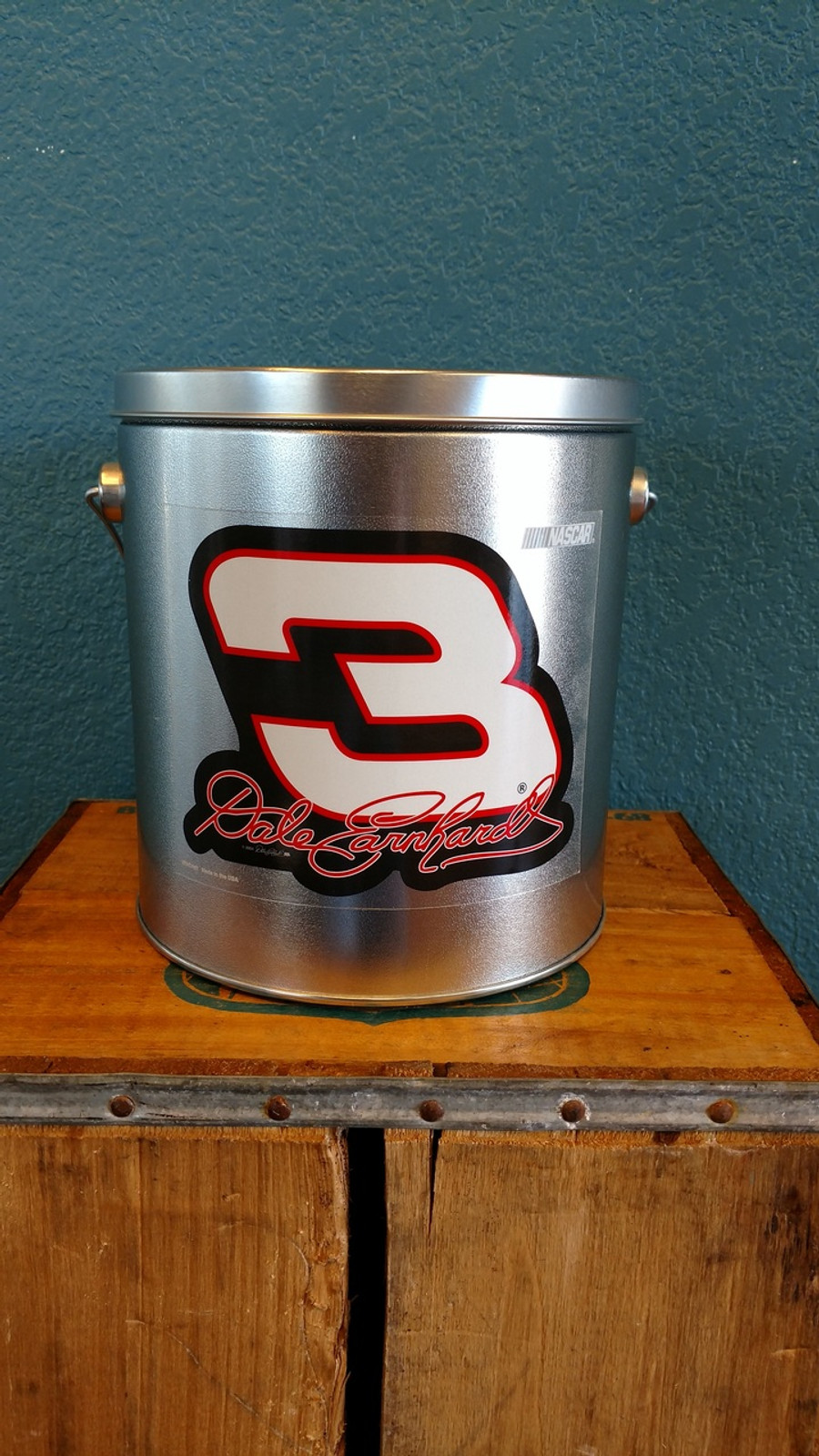 1 Gallon Sports Tin